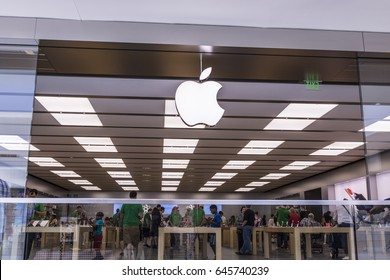 Cincinnati - Circa May 2017: Apple Store Retail Mall Location. Apple sells and services iPhones, iPads, iMacs and Macintosh computers I