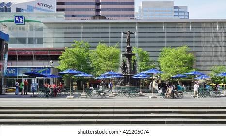 CINCINNATI, OH -20 APRIL 2016-  Fountain Square, a public city square  in downtown Cincinnati, Ohio.