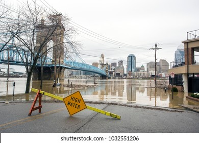 Cincinnati, Ohio - February 24, 2018: Flooding along the Ohio River in Cincinnati, Ohio. The Ohio River at Cincinnati is expected to reach its highest levels since 1997.