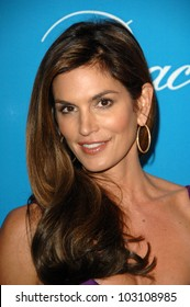 Cindy Crawford  at the 2009 UNICEF Ball Honoring Jerry Weintraub, Beverly Wilshire Hotel, Beverly Hills, CA. 12-10-09