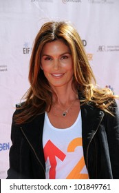 Cindy Crawford at the 2010 Stand Up To Cancer, Sony Studios, Culver City, CA. 09-10-10