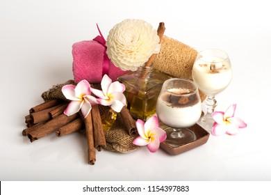 Cinnamon, Diffuser have medicinal properties.