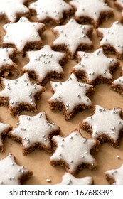 Cinnamon stars on a baking tray