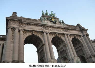 The Cinquantenaire is a large Triumphal Arch found in Brussels' Jubelpark.