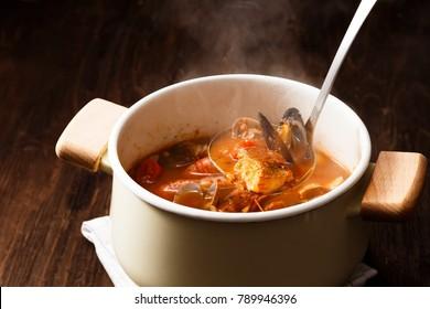 Cioppino soup (seafood soup)
