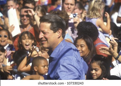 CIRCA 2000 - Vice President Al Gore campaigns for the Democratic presidential nomination at Lakewood Park in Sunnyvale, California