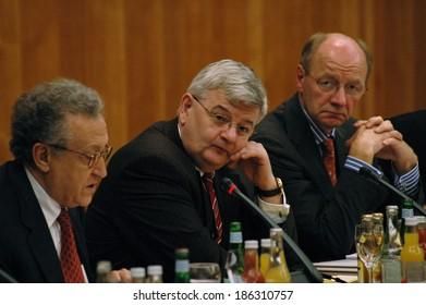 """CIRCA OCTOBER 2004 - BERLIN: Lakhdar Brahimi (UN), Joschka Fischer, Josef Janning (Bertelsmann Stiftung) - conference """"Beyond Cold Peace ..."""", Foreign Ministry, Berlin."""