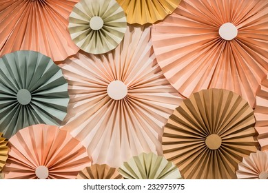 Circle shape folding paper for decorated the backdrop