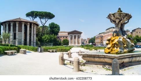 Circular temple of Hercules Victor formerly Temple of Vesta. Built in 120 BC. Piazza Bocca della Verita, area of Forum Boarium. Rome, Italy.