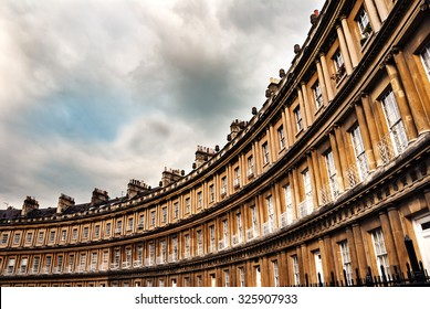 The Circus, famous circular Royal Crescent building in Bath, Somerset, England.