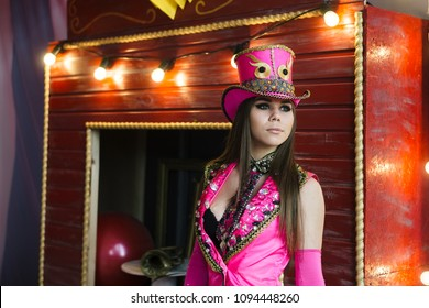 circus show, performance and celebration in every city