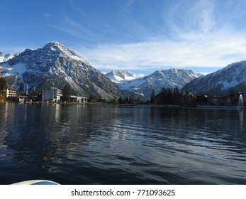 The city of Arosa in Switzerland is an ideal place for family holidays, with its lake and these many hiking trails, this resourceful place and amazes the most tired hearts