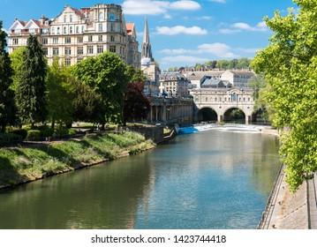 The city of Bath looking towards Putney bridge.