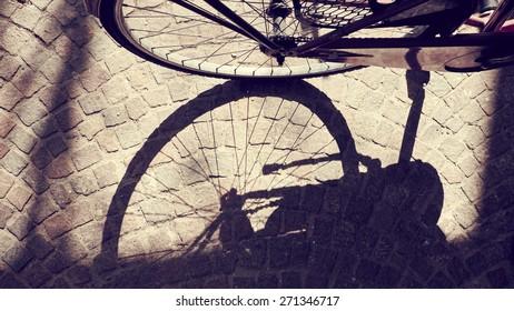 City Bike Shadow