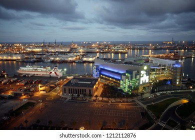 The city Centre of Las Palmas on Grand Canary Island of the Canary Islands of Spain in the Athlantic Ocean.   Grand Canary, Las Palmas, February, 2008