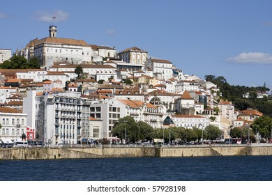 The city of Coimbra with it's University on the top.