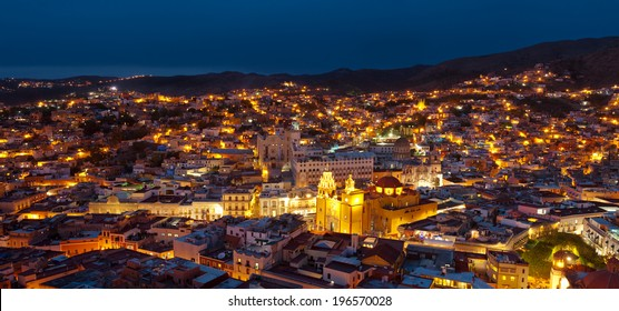 The city of Guanajuato, Mexico, by night.