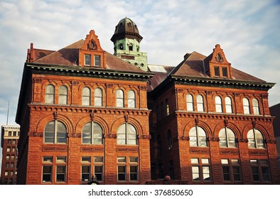 City Hall in the center of Peoria, Illinois