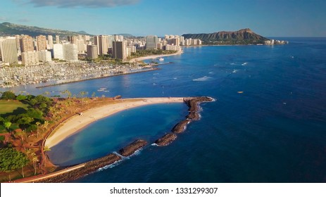 City of Honolulu aerial view with Ala Moana Beach Park on the foreground. Hawaii