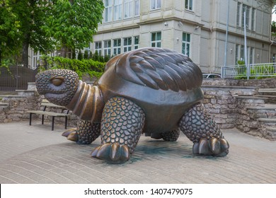 City Jurmala, Latvian Republic. Turtle sculpture with house view. Jurmala tourism place. Travel photo. 2019. 25. May