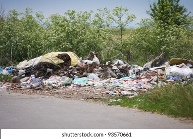 Rubbish Heap Images, Stock Photos & Vectors
