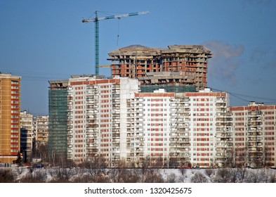 Old Tower Crane Images, Stock Photos & Vectors | Shutterstock