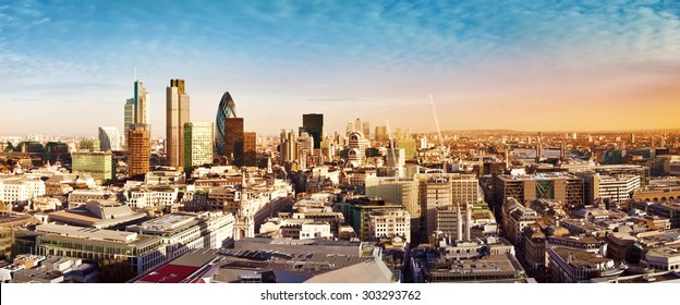 City of London the leading centres of global finance. This view includes Tower 42, Gherkin,Willis Building, Stock Exchange Tower, Lloyd`s of London, Tower Bridge and Canary Wharf at the background.