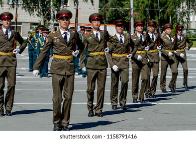 The city of Novosibirsk, Russia. July 7, 2018. A festive military parade at the Novosibirsk Military Institute. The soldiers are juggling with rifles.