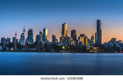 city skyline sunrise Albert park lake Dawn reflections
