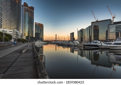 city sunrise docklands Melbourne south wharf reflections