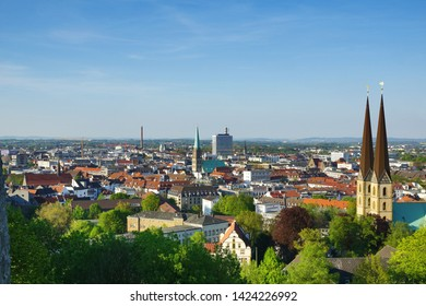 City view Bielefeld with Nikolaikirche and Neustädter Marienkirche