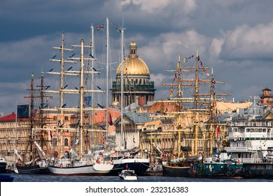 City view with sailing ships at Neva river quay, Saint-Petersburg, Russia