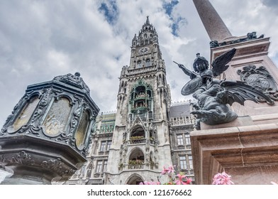 The City-Hall Carillion (Rathaus-Glockenspiel) dates from 1908, consists of 43 bells and 32 life-sized figures, and re-enacts two stories from the 16th century.
