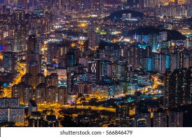 Cityscape after sunset on Kowloon Peak, Hong Kong