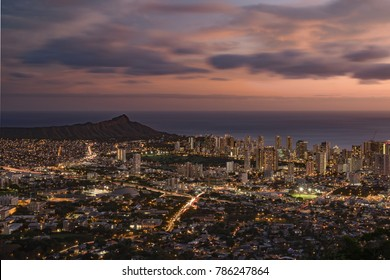 Cityscape and Diamond Head Mountain under sunset at Tantalus Lookout, Honolulu, Hawaii