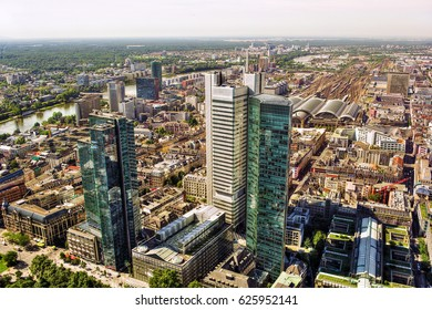 Cityscape of Frankfurt am Main (Germany), HDR-technique