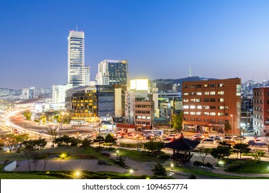 Cityscape at Heunginjimun Dongdaemun gate in Seoul South Korea