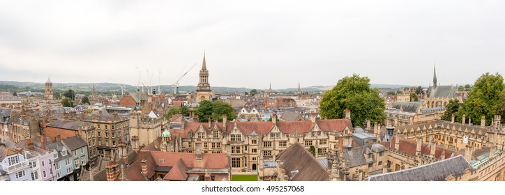 Cityscape of Oxford, a city in South East England, county town of Oxfordshire and home of University of Oxford.
