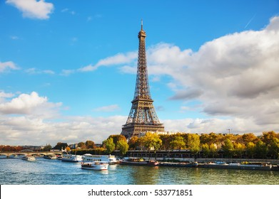 Cityscape of Paris with the Eiffel tower on a sunny day