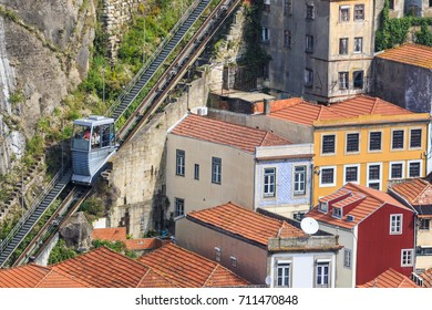 Cityview from Oporto old lift and houses