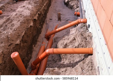 Civil engineering: Sewer pipes