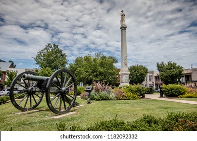 Civil war landmarks in historic Franklin, Tennessee