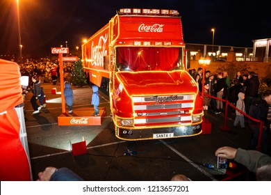 Clacton on Sea, Essex - 20th December 2017 - The world famous Coca Cola, CocaCola Christmas truck, lorry on view for all to see