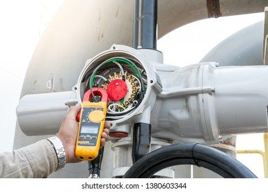 Clamp amp meter, electrician use Clamp amp meter for check or measureing the current of electrical motor system