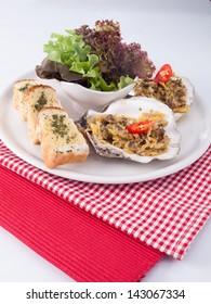 clams salad