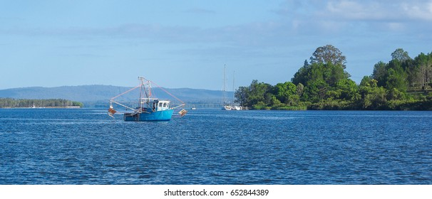 Clarence River commercial fishing