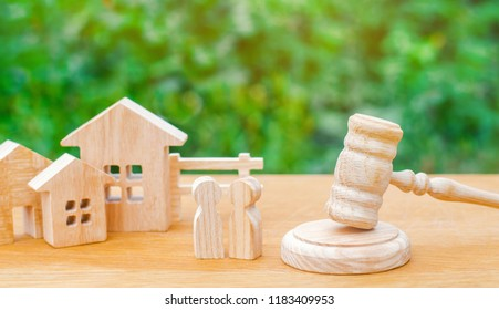 clarification of ownership of the house / real estate. court and division of property. concept of law and lawyer, judiciary and legislature, notaries and insurance indemnities. rivals in business.