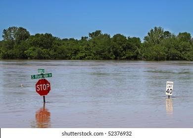 Stop Sign Flood Images, Stock Photos & Vectors | Shutterstock