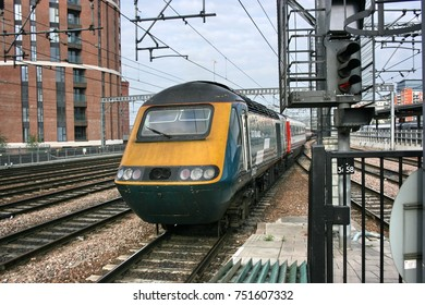 Leeds Train Station Images, Stock Photos & Vectors