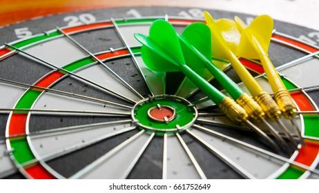 Classic Darts Board With Arrow